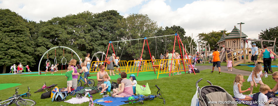 roundhay-playgrounds-opening-2012